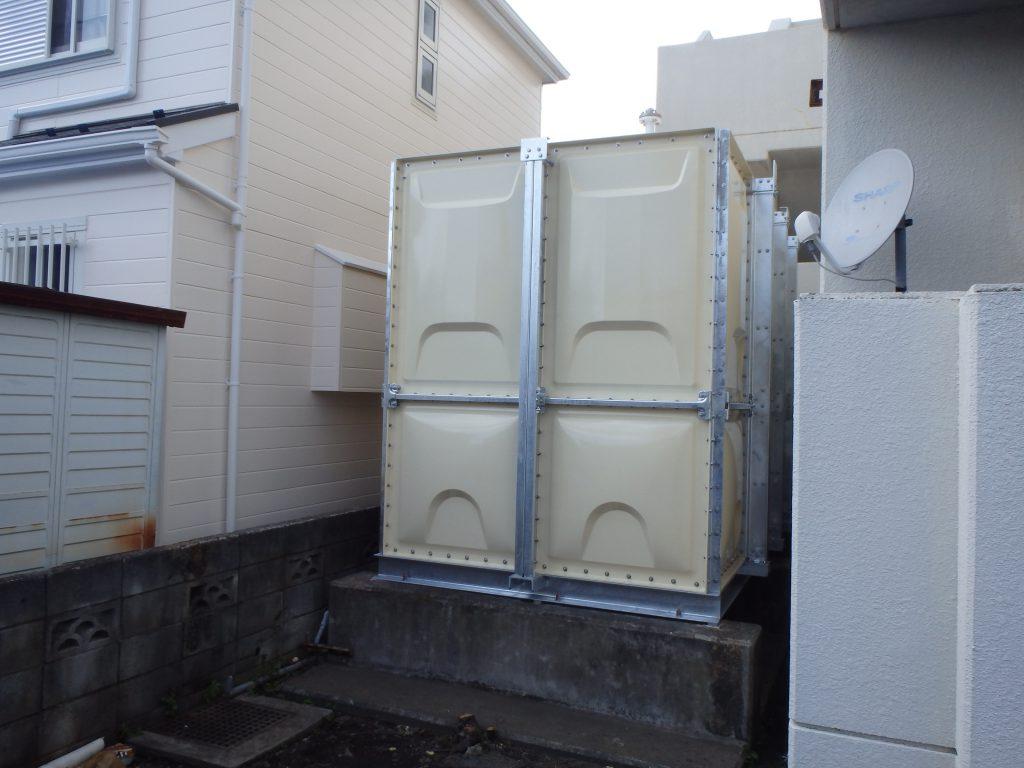 受水槽搬入据付 完了